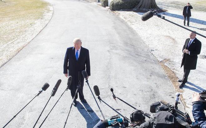 Bị nghi bất ổn tâm thần để làm tổng thống, ông Trump hiên ngang đáp trả: Tôi là thiên tài!