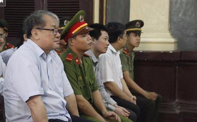 """""""Đại gia"""" Trầm Bê - cựu Chủ tịch Sacombank và Phạm Công Danh, Phan Huy Khang ra tòa hôm nay"""