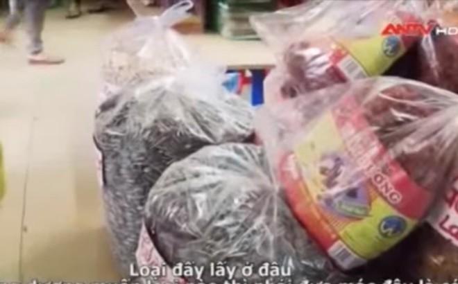 Hạt hướng dương Trung Quốc tràn ngập chợ Việt: Cảnh giác với hóa chất rang gây độc