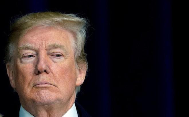 """Tổng thống Trump phát ngôn sốc về giấc mơ Mỹ từ """"nước dơ bẩn"""""""