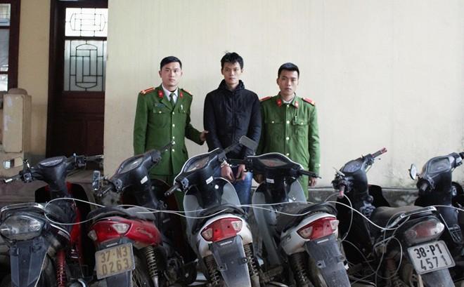 """""""Siêu trộm"""", một mình trộm cắp 16 xe máy"""