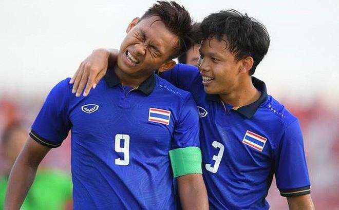 """Thái Lan được tiếp """"liều doping cực mạnh"""" trước thềm đại chiến Nhật Bản"""