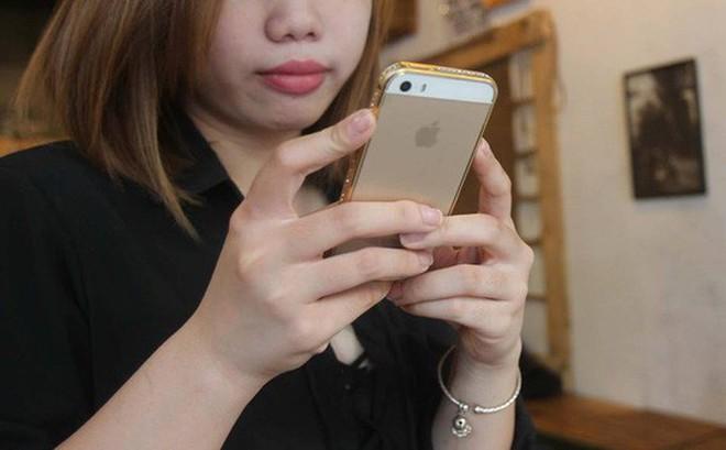 Hai luật sư tại Việt Nam khởi kiện Apple