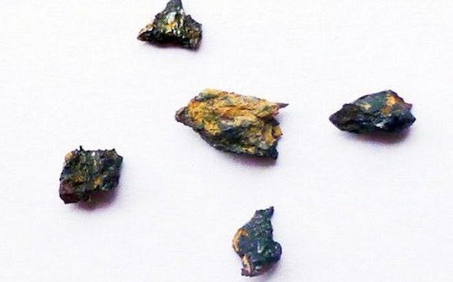 Bí ẩn kỳ lạ viên đá có nguồn gốc ngoài hành tinh khiến giới khoa học đau đầu
