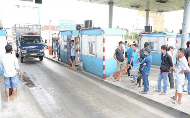 Bình Thuận: Tài xế phản đối, BOT Sông Phan xả trạm