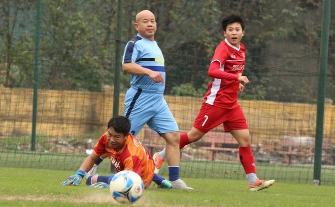 Đội tuyển nữ Việt Nam thắng đậm trước ngày lên đường