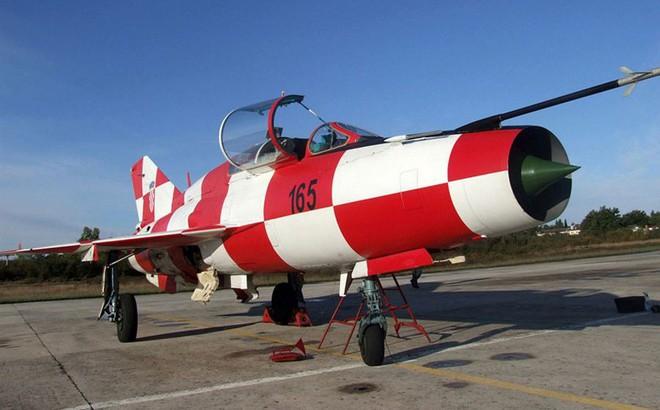 """MiG-21 đối diện tương lai bị """"khai tử"""" tại châu Âu: Thời oanh liệt nay còn đâu?"""