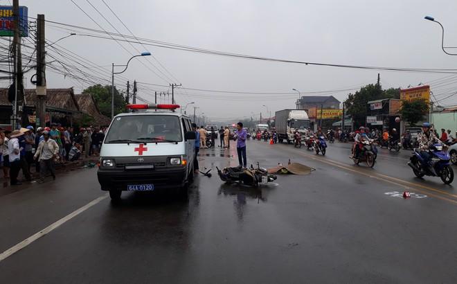 Cán nam thanh niên tử vong, tài xế xe tải nhanh chóng rồ ga rời khỏi hiện trường