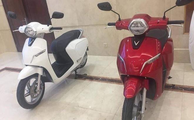 Sáng nay ra mắt xe máy điện đầu tiên của VinFast