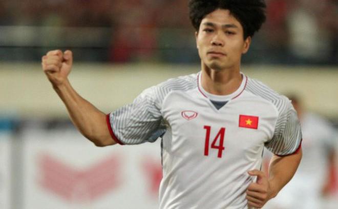 """HLV Dương Hồng Sơn: """"Nếu đội tuyển Việt Nam gặp đối thủ mạnh hơn, tôi nghĩ Công Phượng không được đá chính"""""""