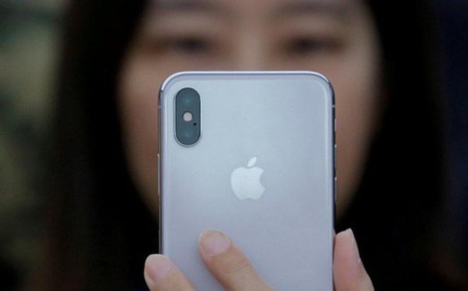 Kết quả hình ảnh cho Xu thế ngược đời tại Trung Quốc: Người nghèo mới dùng iPhone, còn giàu phải dùng Huawei, Xiaomi