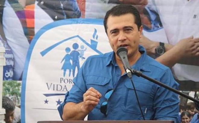 Mỹ bắt giữ em trai Tổng thống Honduras vì tội buôn bán ma túy