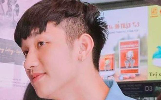 'Cầu thủ đẹp trai nhất U23 Việt Nam' dành cả thanh xuân để đi xin vé