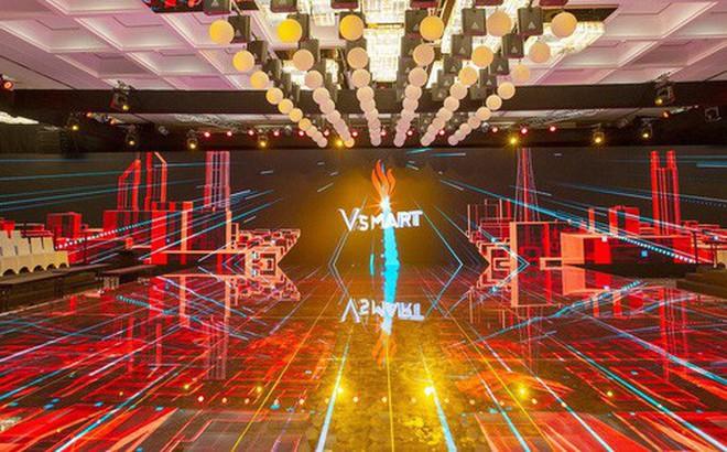 Lộ ảnh sân khấu ra mắt điện thoại Vsmart: Nhìn qua cũng thấy bóng bẩy sang trọng đã con mắt