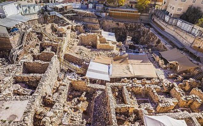 Phát hiện chiếc nhẫn 2.000 năm tuổi ở thành cổ Jerusalem
