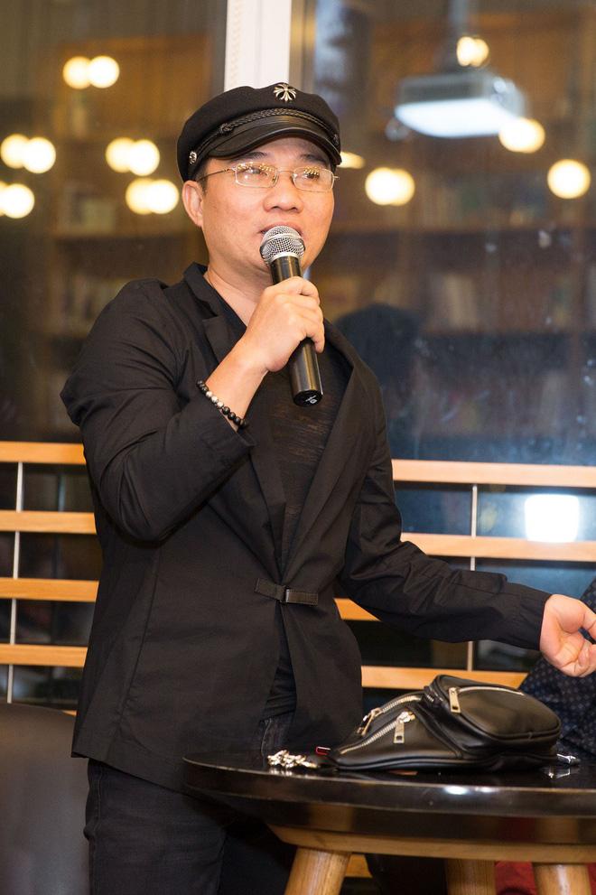 Quang Linh: Tôi và Hồ Trung Dũng đi diễn đều ở cùng phòng - Ảnh 3.