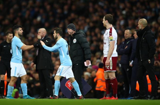 Pep Guardiola cần Alexis Sanchez thực sự, không chỉ để đấm vào mũi Mourinho - Ảnh 2.