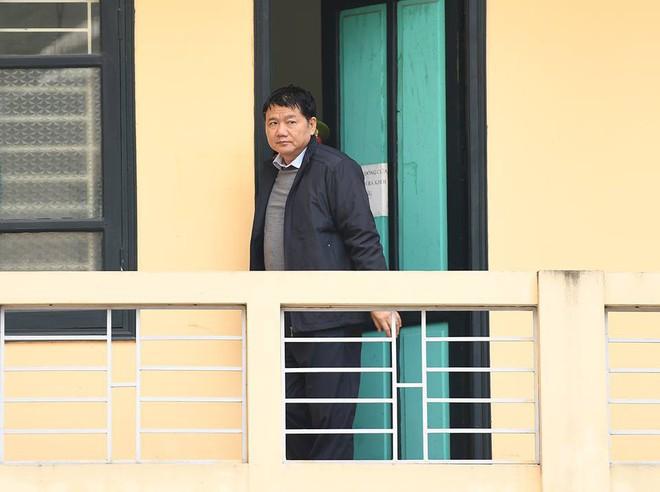 Bị cáo Đinh La Thăng khẳng định đã bị cấp dưới báo cáo sai về Hợp đồng 33 - Ảnh 3.