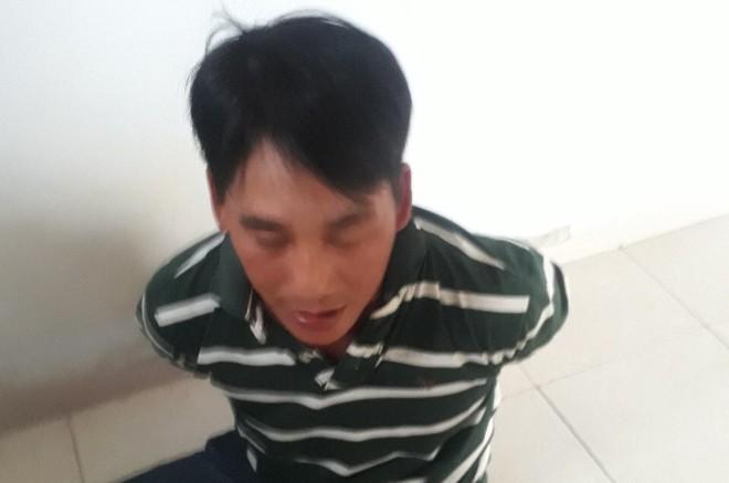 Bắt giữ nhóm thanh niên đánh người liệt hai chân do mâu thuẫn hát karaoke - Ảnh 1.