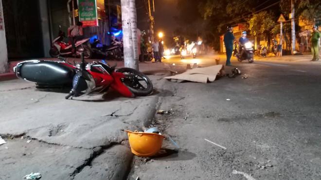 Xe container cán chết người đàn ông rồi bỏ chạy ở Sài Gòn - Ảnh 1.