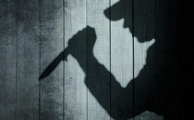 Dùng dao đâm chết người vì nghe tiếng ồn khi đang ngủ