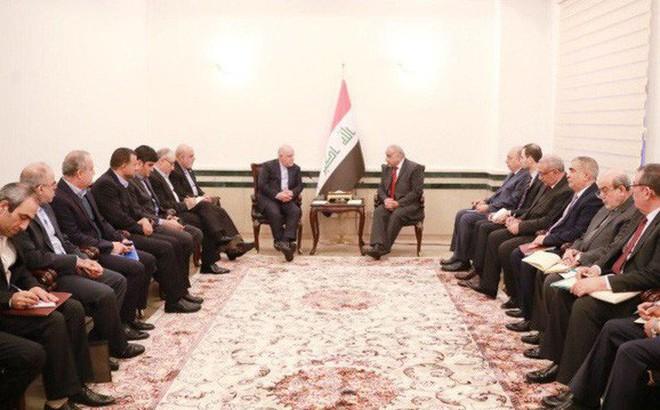 """Mỹ bất lực nhìn Iraq, Iran công khai """"đi cửa sau""""?"""