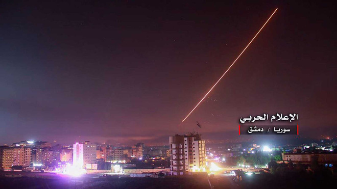 Israel tấn công Syria: Tại sao Lebanon để mặc chiến đấu cơ Do Thái ra vào như đi chợ? - Ảnh 1.