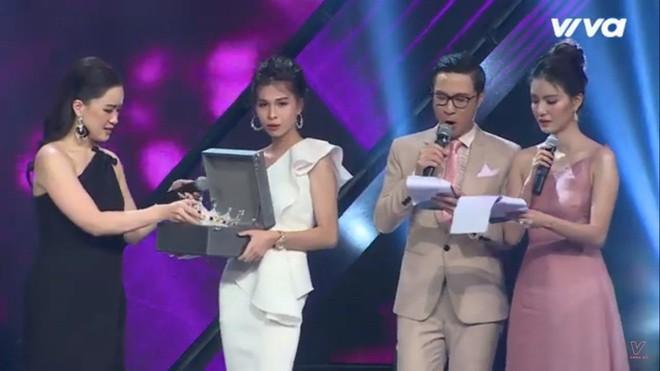 Chung kết cuộc thi dành cho người chuyển giới: MC Mỹ Linh mất bình tĩnh, gắt gỏng - Ảnh 7.