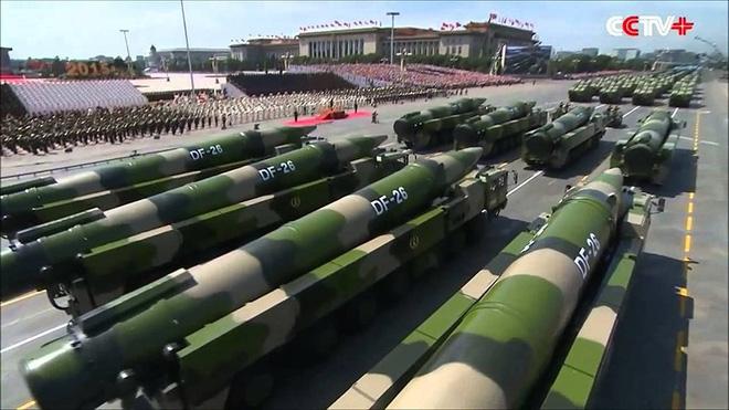 [ẢNH] Tên lửa đạn đạo sát thủ tàu sân bay Trung Quốc vừa triển khai nguy hiểm đến mức nào? - ảnh 1
