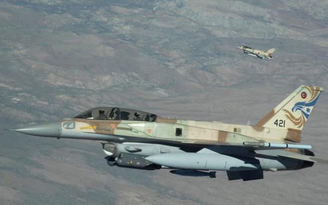 Israel tấn công Syria, thủ đô Damascus chìm trong khói lửa - PK đã khai hỏa - Ảnh 5.