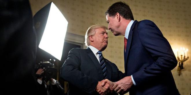Cuộc chiến bí mật trong nội bộ Mỹ: FBI đặt ông Trump vào tầm ngắm, nghi ngờ là người của nước Nga - Ảnh 1.