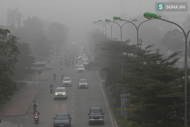 Hiện tượng sương mù kỳ thú sáng nay tại thủ đô Hà Nội - Ảnh 14.