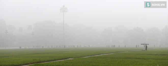 Hiện tượng sương mù kỳ thú sáng nay tại thủ đô Hà Nội - Ảnh 3.