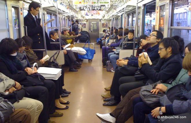 Những cú sốc của du học sinh ở Nhật: Vá xe đạp mất gần 1 triệu, hot boy cũng nhịn cắt tóc vì sợ tốn tiền! - ảnh 2