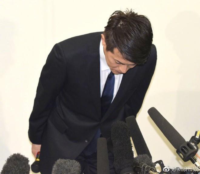 Sau bê bối bạo hành bạn gái, bắt cá ba tay, nam ca sĩ đình đám Nhật Bản tuyên bố rút lui khỏi showbiz - Ảnh 8.
