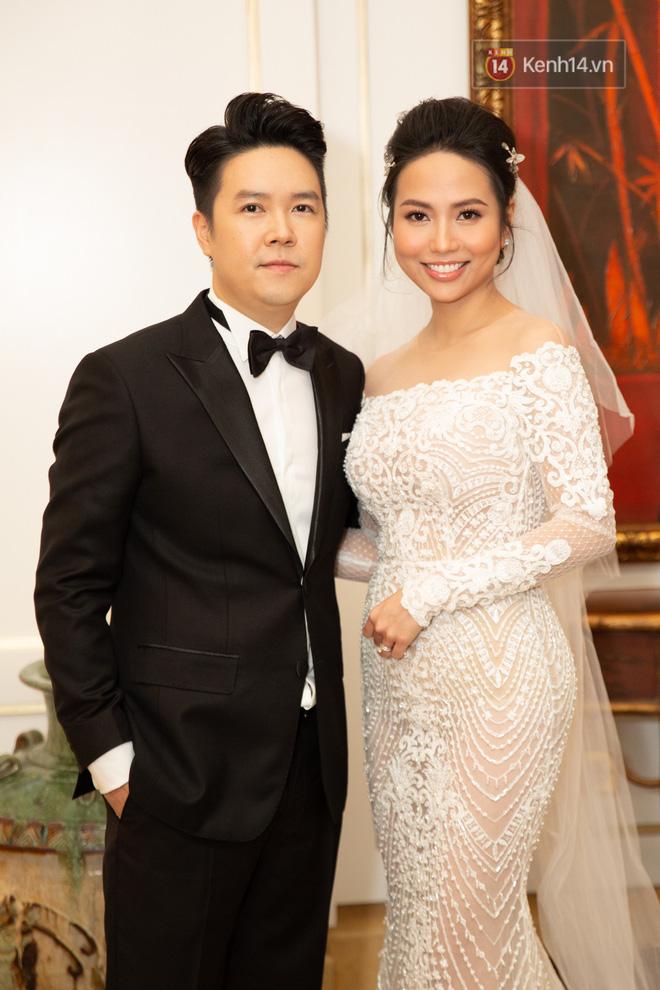 Dàn sao Vbiz đổ bộ chúc mừng đám cưới Lê Hiếu - Ảnh 2.