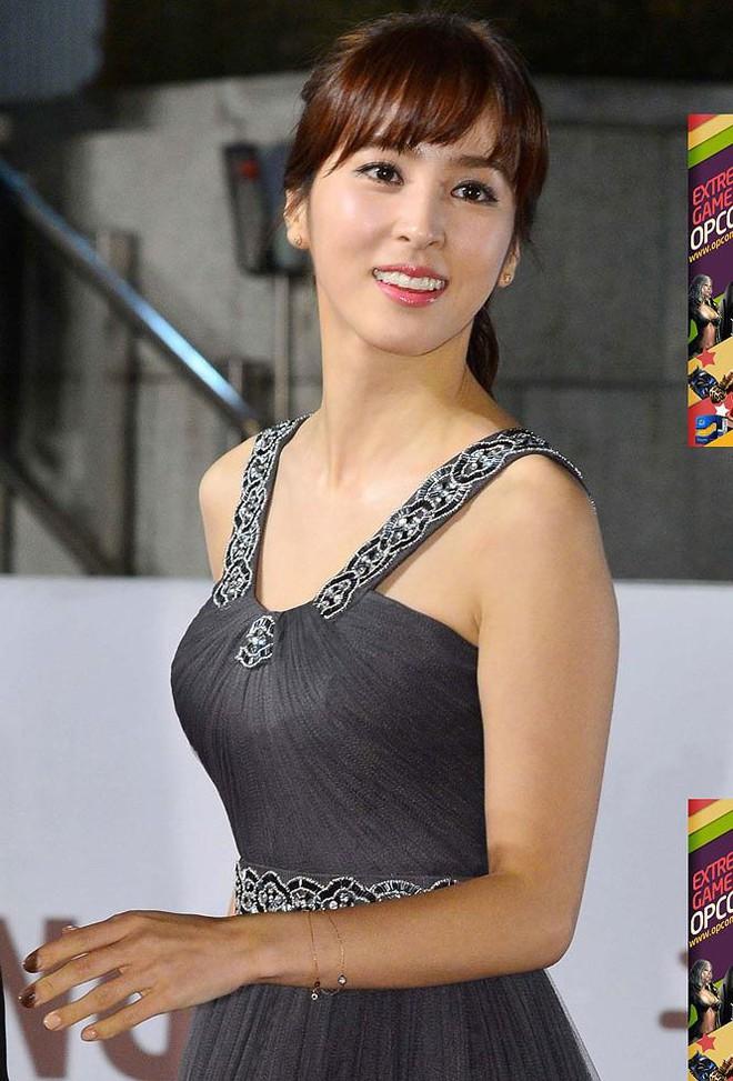 Vẻ ngoài xinh đẹp của nàng WAG hot bậc nhất Hàn Quốc - ảnh 12