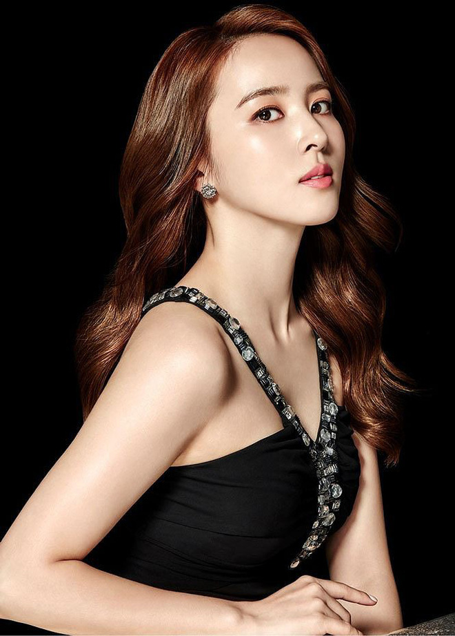 Vẻ ngoài xinh đẹp của nàng WAG hot bậc nhất Hàn Quốc - ảnh 6