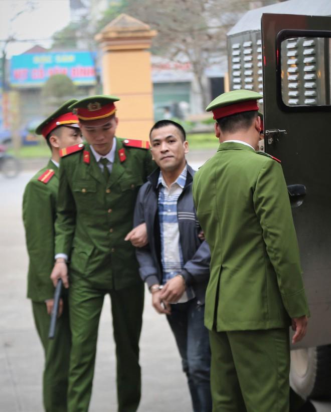 VKSND thành phố Hoà Bình cáo buộc Hoàng Công Lương có hành vi nguy hiểm làm chết 8 người - Ảnh 2.