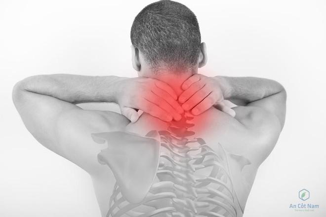 Đau đầu sau gáy là bệnh gì? Nguyên nhân và cách chữa đơn giản - Ảnh 1.