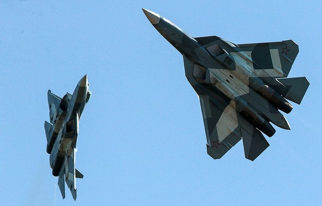 Hợp đồng tiêm kích tàng hình Su-57 thứ 2 sắp được ký: 13 chiếc chứ không phải 12 - Ảnh 1.
