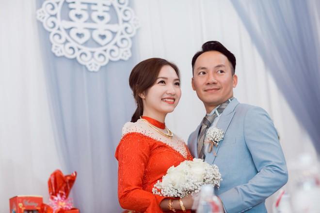 """Hai tuần sau kết hôn, bà xã Tiến Đạt dí dỏm tâm sự: """"Cám ơn cả nhà nhiều lắm vì đã tạo điều kiện cho Vy lấy chồng - Ảnh 2."""