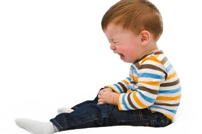 Con trai quấy khóc đòi mua đồ, người mẹ có chiêu độc để con ngoan ngoãn sau 10 phút - Ảnh 1.