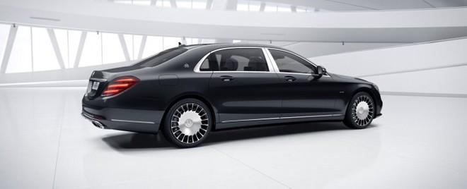 Mẫu ô tô này vừa được Mercedes-Benz tăng giá 400 triệu đồng - Ảnh 1.
