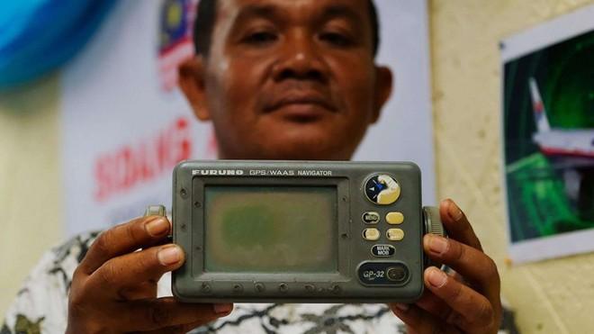 Ngư dân Indonesia khẳng định tận mắt thấy MH370 lao xuống biển, sẵn sàng đưa bằng chứng - Ảnh 1.