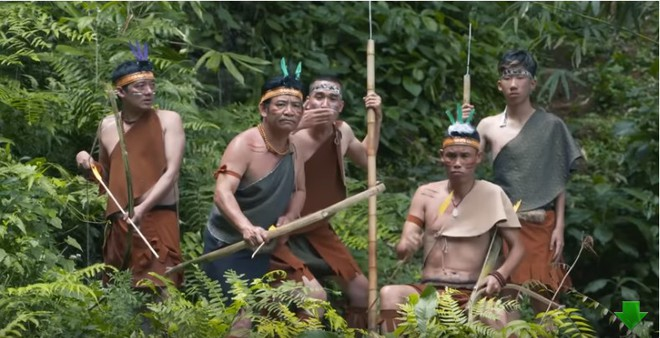 Khán giả bức xúc với phim Tết của Quang Tèo, Chiến Thắng thô tục, hở hang giống phim khiêu dâm - Ảnh 3.