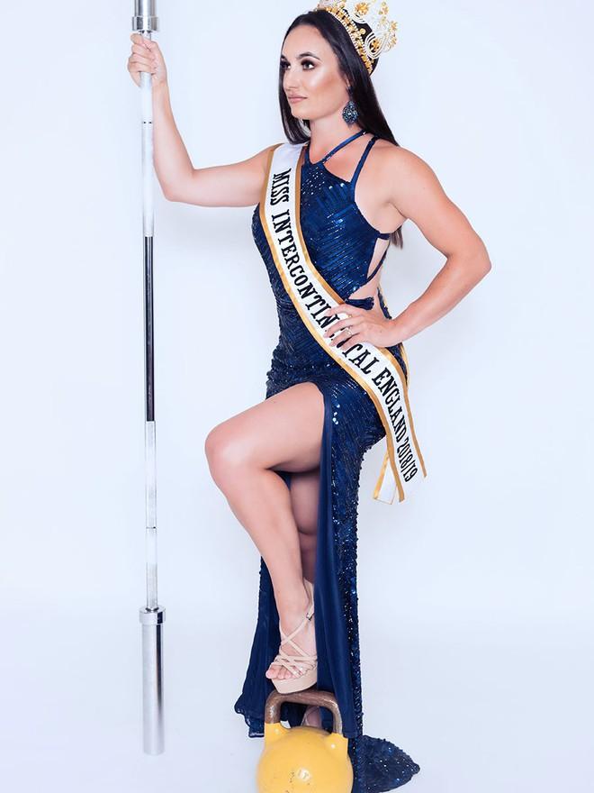 Nhan sắc đối thủ của Lê Âu Ngân Anh tại Hoa hậu Liên lục địa gây tranh cãi - Ảnh 4.