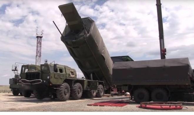 Có tên lửa Avangard: Nga đè bẹp các định luật vật lý và mọi đối thủ - Bước ngoặt vĩ đại! - Ảnh 1.