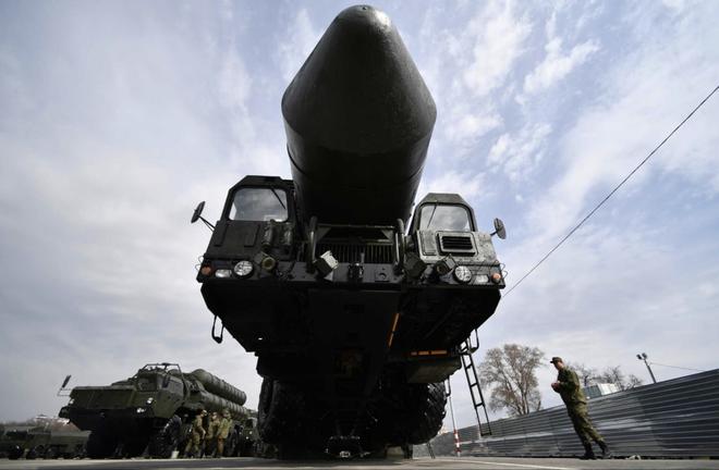 Tên lửa Avangard Nga biến tất cả NMD, Aegis thành vô dụng: Nước Mỹ lại về 0! - Ảnh 1.
