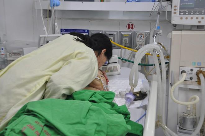 Chuyện xúc động về bé trai quốc tịch Nhật hiến giác mạc cứu 2 người Việt  - Ảnh 1.